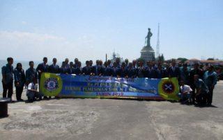 Foto Bersama di PT PAL